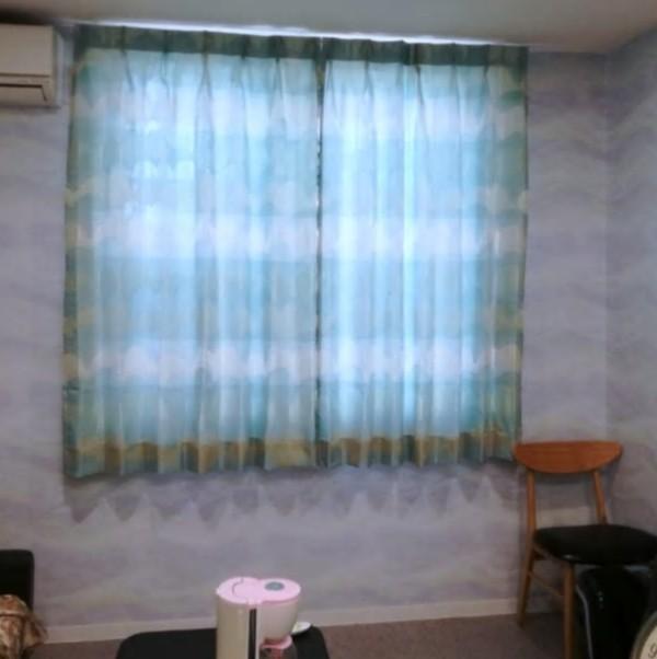 休憩室、カーテン